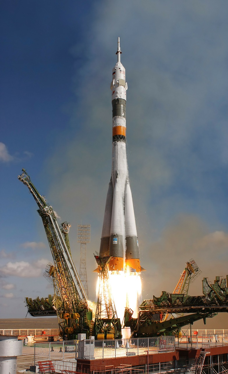 rocket-launch-67720_1280